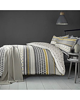 Retrace Ochre Reversible Duvet Cover Set