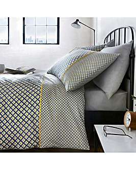 Racing Green Soho 180 Thread Count Reversible Duvet Set