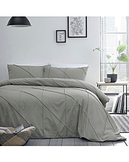 Serene Dart Pleated Duvet Cover Set