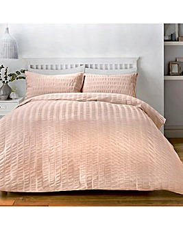 Serene Seersucker Blush Duvet Cover Set