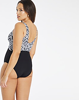 Dorina Curves Garissa Lightly Pad Swimsuit