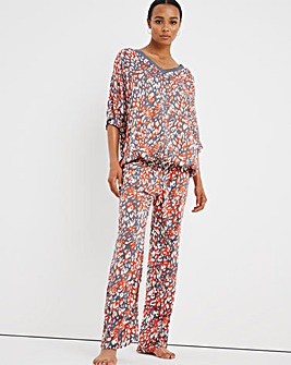 Pretty Secrets Viscose Batwing Pyjama Set