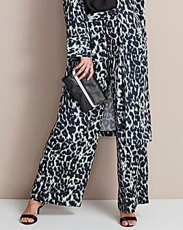 Animal Print Crepe Wide Leg Trouser