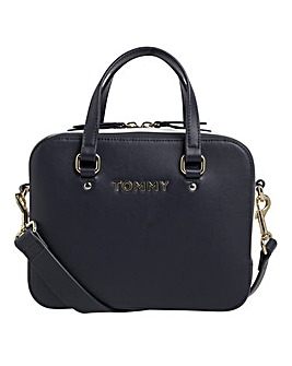Tommy Hilfiger Mini Trunk Bag