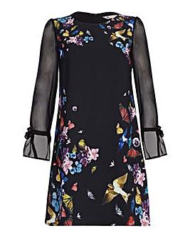 Yumi Curves Printed Tunic Dress