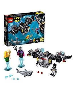 LEGO Batsub and the Underwater Clash