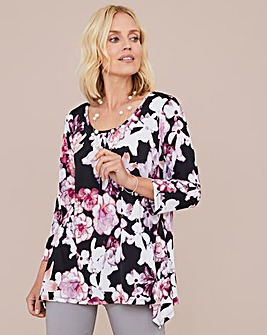 Julipa Hanky Hem Tunic with Necklace
