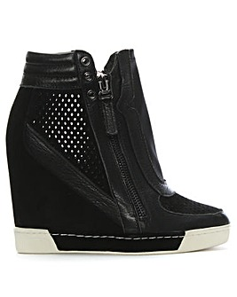 Daniel Perfo Concealed Wedge Trainer