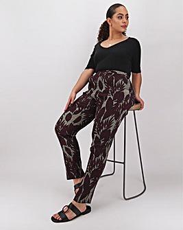 Print Crepe Tapered Leg Trousers Regular