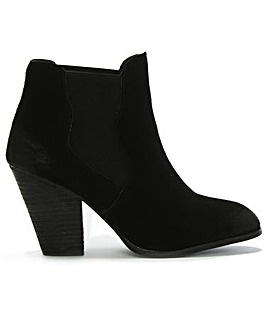 DF by Daniel Steep Suede Ankle Boots