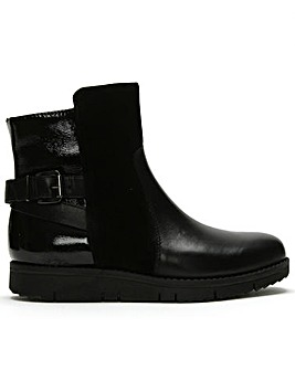 Daniel Reeva Leather Buckled Ankle Boots