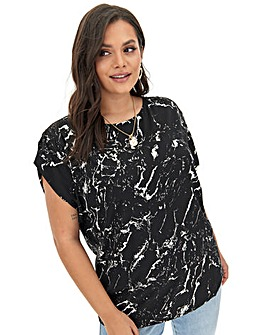 Mono Print Gathered Sleeve Woven Top