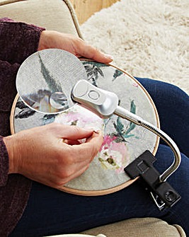 Clip On Craft LED Magnifier