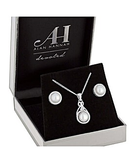 Alan Hannah Devoted Pendant And Earrings