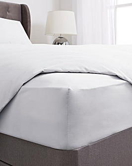 100% Cotton Percale 200 Thread Count 30cm Fitted Sheet