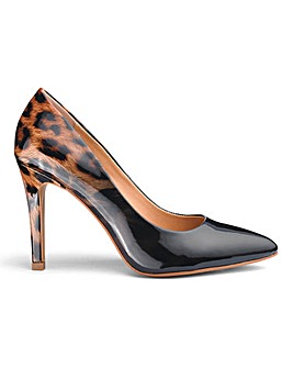 Head Over Heels Dune Alexxa Court Shoe