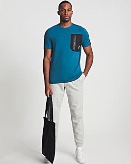 11 Degrees Short Sleeve Contrast Detail Muscle Fit T-Shirt