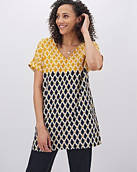 Multi Print V Veck Button Side Tunic