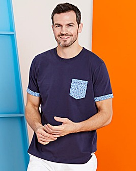 Navy Short Sleeve Pocket T-Shirt Regular