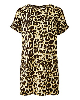 Leopard Print Longline Drop Sleeve Top