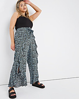 Tie Front Ruffle Trousers