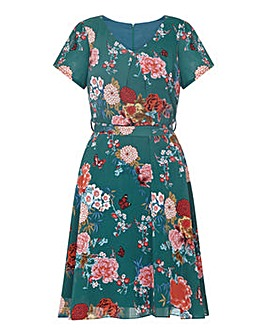 Yumi Curves Floral Skater Dress