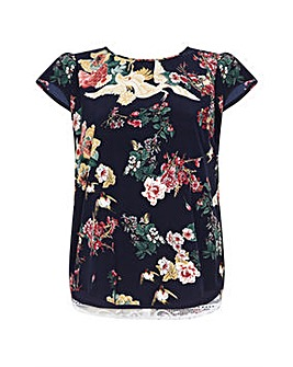 Yumi Curves Floral Print Top