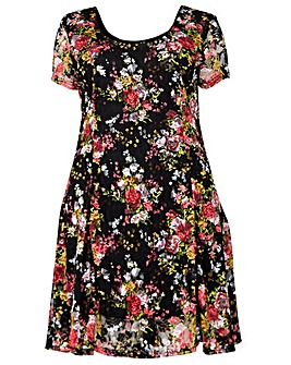 Izabel London Curve Floral Skater Dress