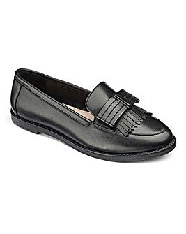 Layla Bow Front Loafer G Fit