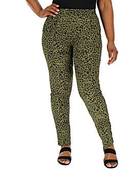 Animal Print Crepe Tapered Trousers