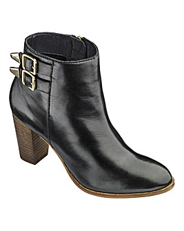 Heavenly Soles Ankle Boots E Fit