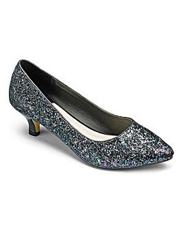 Heavenly Soles Court Shoes D Fit