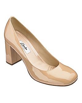 Clarks Gabriel Mist Shoes Standard D Fit