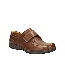 Clarks Swift Turn G Fitting