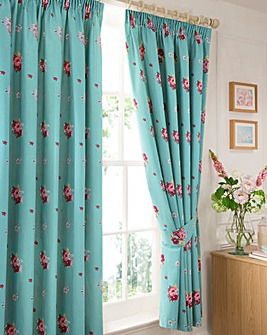 Camberley Thermal Pencil Pleat Curtains
