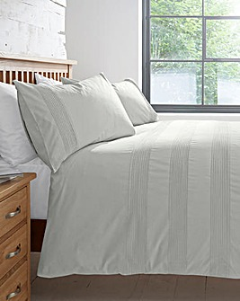 Plain Dye Cotton Rich Pleated Duvet Cover Set