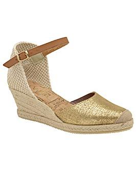 Ravel Etna Metallic Leather Sandals