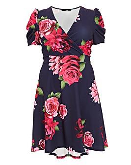 Quiz Curve Floral Dip Hem Dress