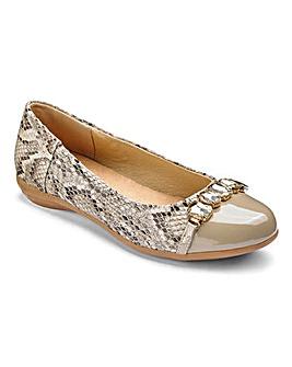 Heavenly Soles Slip On Shoes E Fit