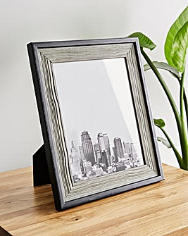 Deep Border 8 x 10 Photo Frame