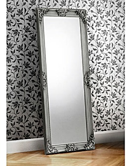 Katia Lean to Dress Mirror