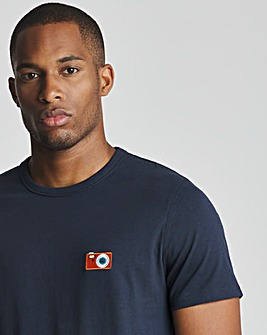Camera Embroidery T-shirt L