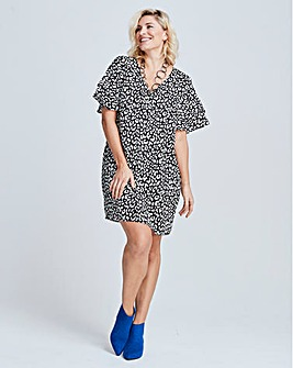 Leopard Print Ruffle Sleeve V Neck Dress