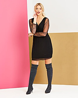 Black V Neck Star Sleeve Dress