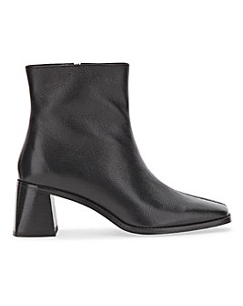 Basic Leather Ankle Boot Extra Wide EEE Fit
