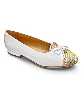 Van Dal Bow Trim Leather Shoes Wide EE Fit