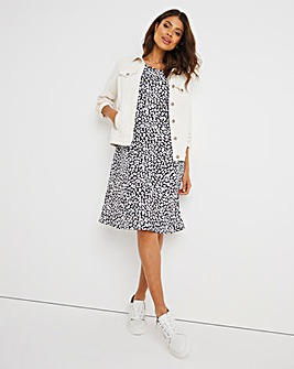 Mono Print 3/4 Sleeve Swing Dress