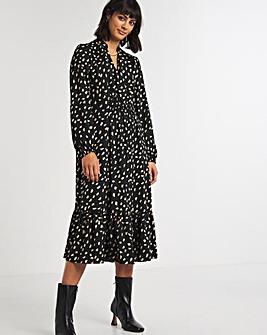 Dash Print Gathered Waist Midi Dress