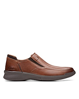 Clarks Donaway Step Wide Fitting