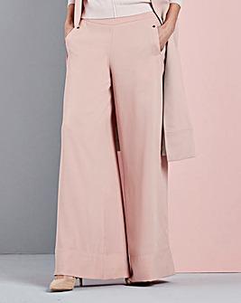 Concept Wide Leg Trousers